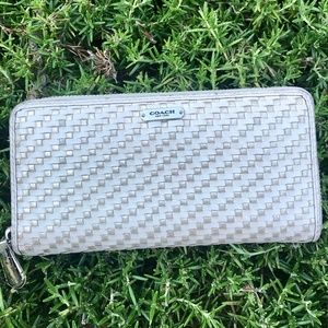 Coach White & Silver Clutch Wallet